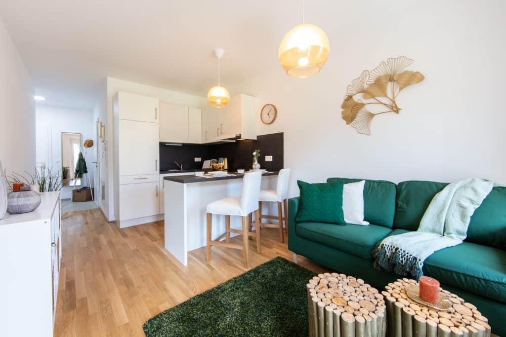 Wohnzimmer Küche Musterwohnung Quartier 4